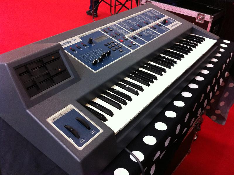 26_synthesizermag04