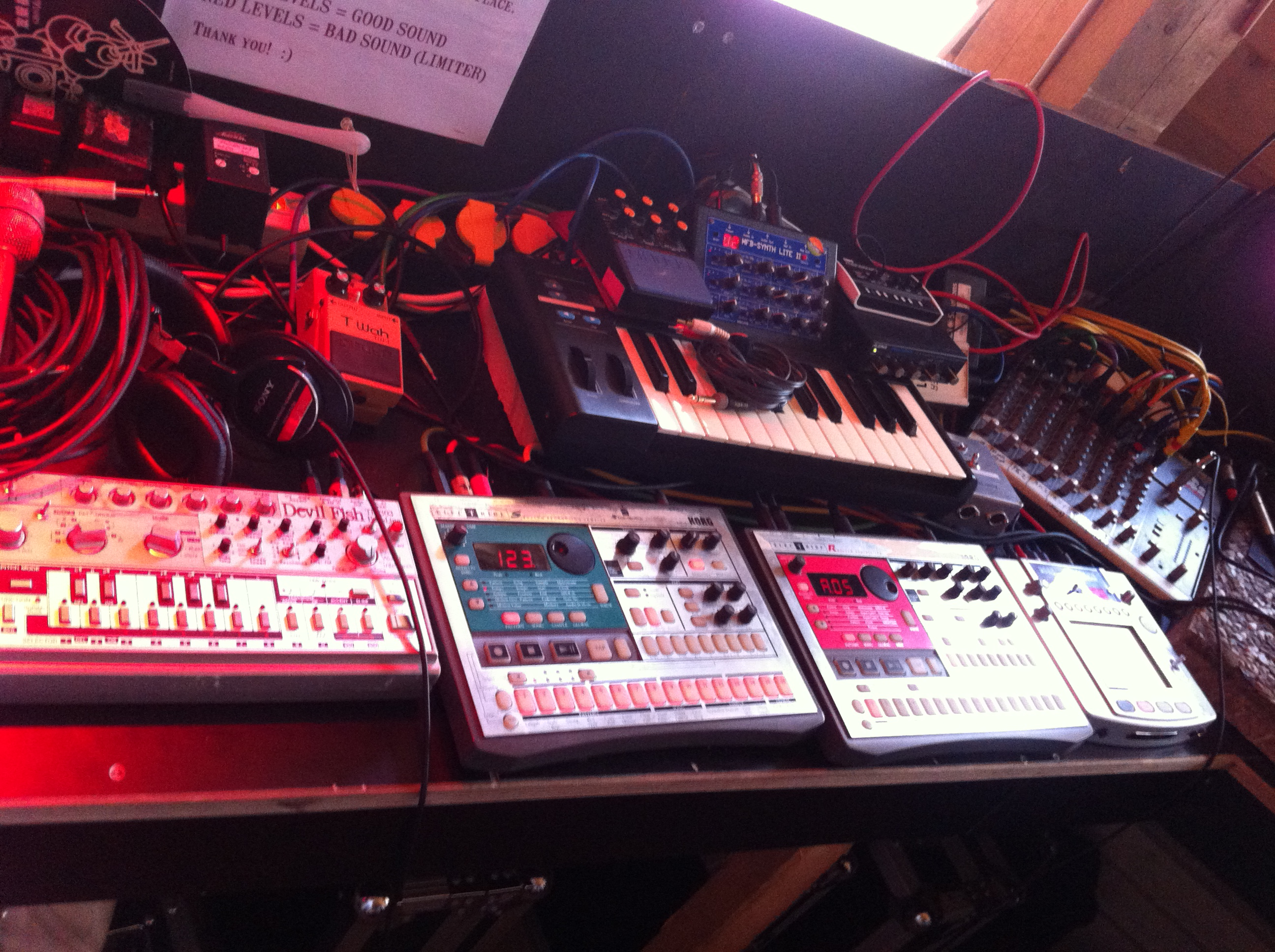 Mijk setup on stage