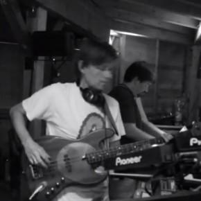 Mijk van Dijk on bass at Telepathic Bubblebath